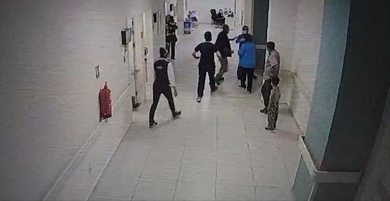 Skandal olay! Isparta'da hasta yakınının doktoru darbettiği anlar kamerada! - Sayfa:2