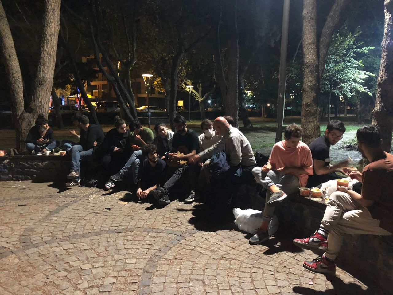 Öğrenciler fahiş kiralara isyan etti: Parkta yattılar! - Sayfa:4