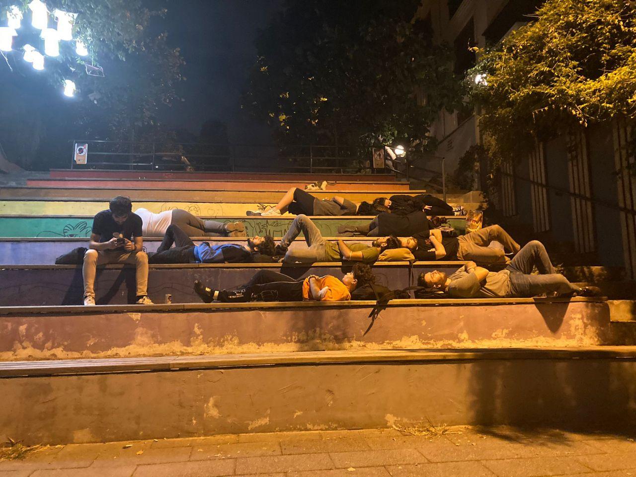 Öğrenciler fahiş kiralara isyan etti: Parkta yattılar! - Sayfa:2