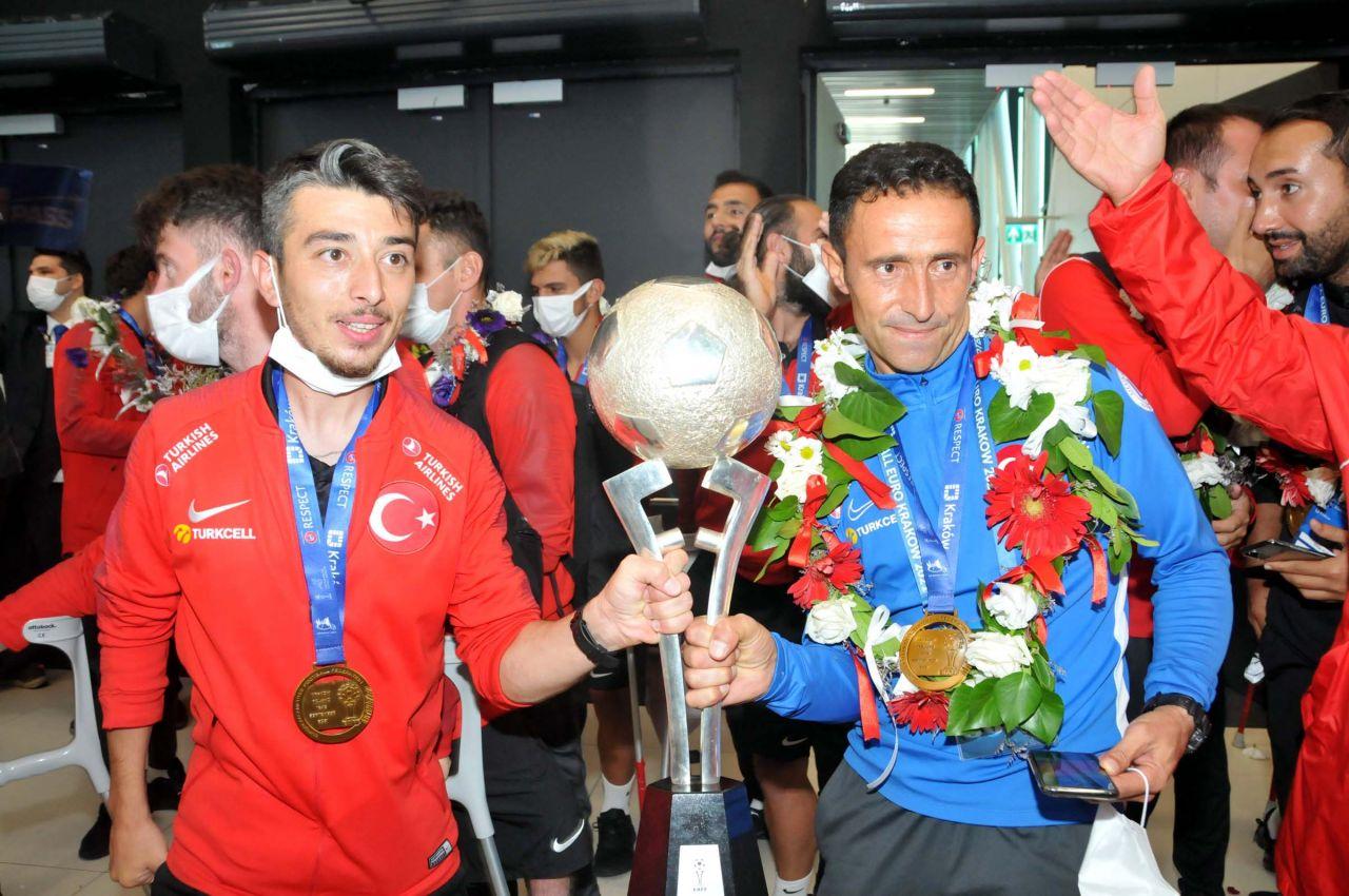 Ampute Futbol Milli Takımı yurda döndü - Sayfa:3