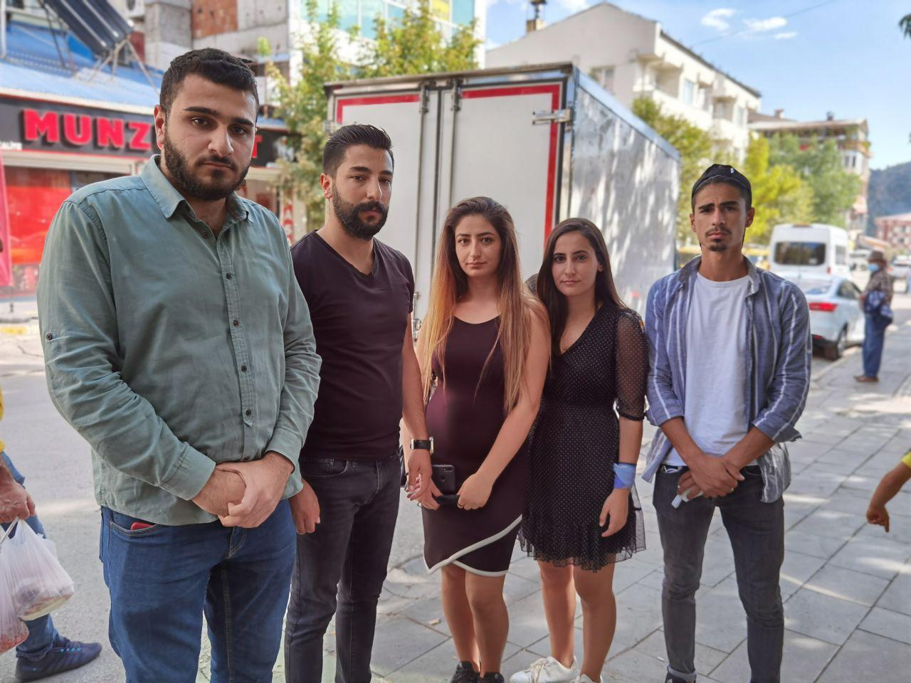 Tunceli'deki Munzur Üniversitesi öğrencileri yüksek ev kiraları için isyan etti. Komünist başkan ev sahiplerine çağrı yaptı, valilik de harekete geçti - Sayfa:4