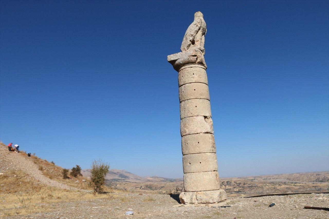 Adıyaman'da Karakuş Tümülüsü'nde kraliçelerin mezarları bulundu! Adıyaman Valisi Mahmut Çuhadar'dan açıklama geldi - Sayfa:2