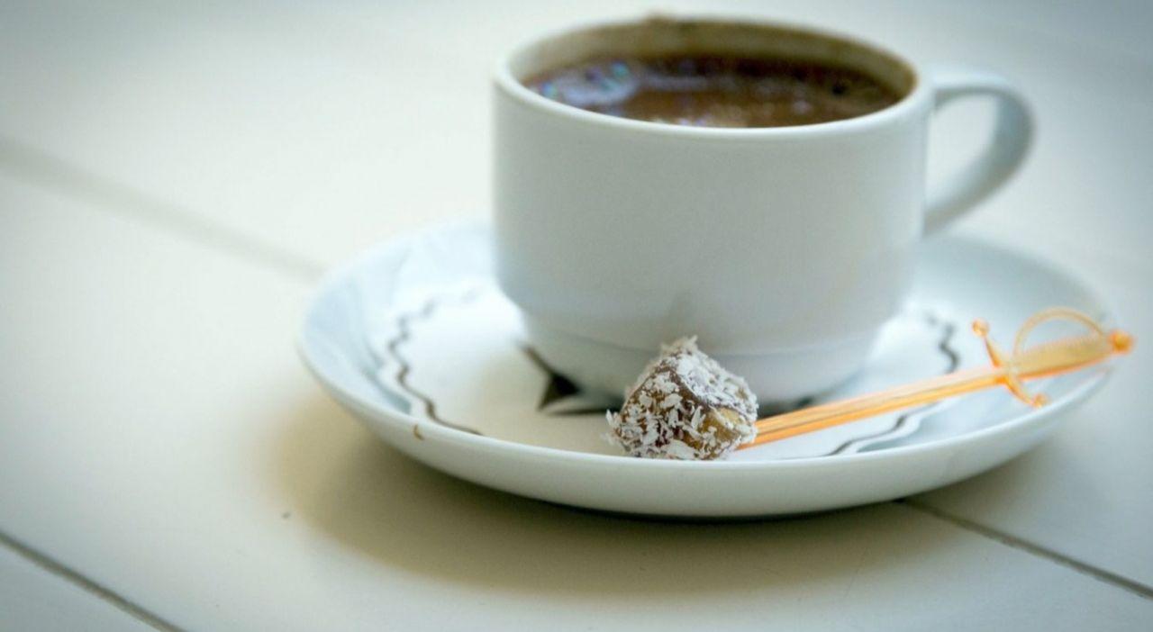 Kahvenin gizemi çözüldü! Ne zaman kahve içeceğimizi kortizol belirliyormuş! Kahveyi 10-12, 2-5 saatleri arasında tüketin! Kahveyi bu saatler dışında sakın içmeyin! - Sayfa:2
