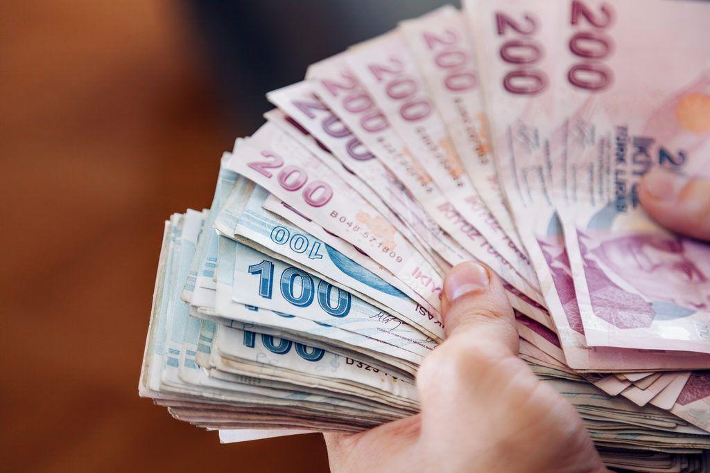 Kamu çalışanlarına, memurlara kötü haber: Maaşlardan yüzde 25 kesinti... Türk Büro-Sen koronavirüs kesintisine isyan etti - Sayfa:2