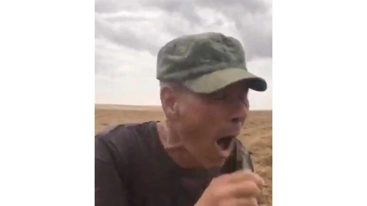 Çiftçinin yılanla tehlikeli gösterisi sonu oldu! - Sayfa:4