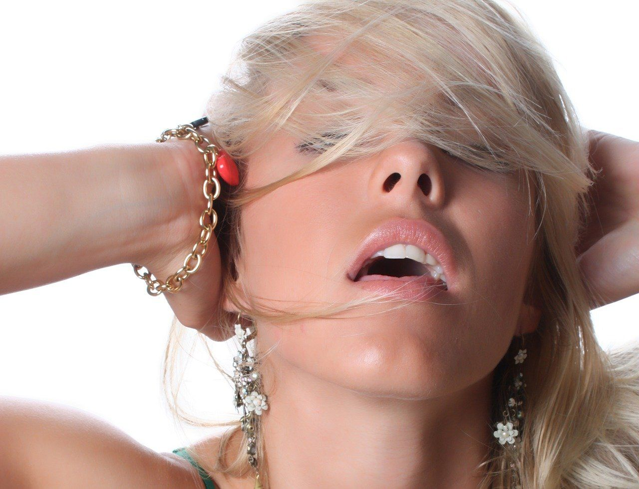 Cinsel ilişkiye sabah saatlerinde girmenin 10 faydası ortaya çıktı... Ağrınızı alıyor, bağışıklık sistemini güçlendiriyor... - Sayfa:1