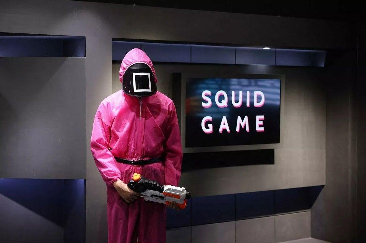 Squid Game dizisine gönderme yapan bir yol tabelası Londra'da ortalığı karıştırdı! Emniyet açıklama yaptı... - Sayfa:4