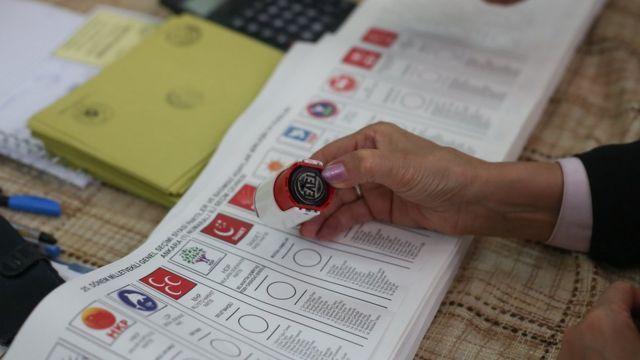 Son seçim anketi çok konuşulur! Yıllar sonra bir ilk: İki parti anket sonuçlarında kafa kafaya çıktı - Sayfa:2