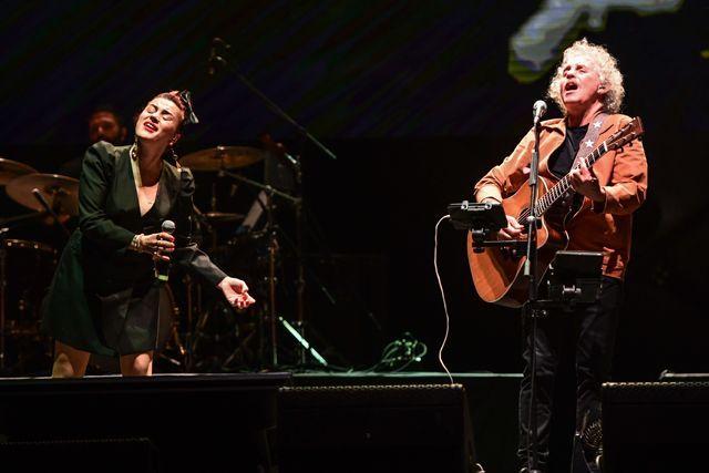Yeni Türkü 40. yıl konserinden kareler - Sayfa:4