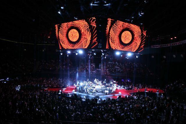 Kenan Doğulu'dan 360 derece konser - Sayfa:4