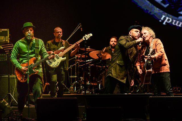 Yeni Türkü 40. yıl konserinden kareler - Sayfa:1