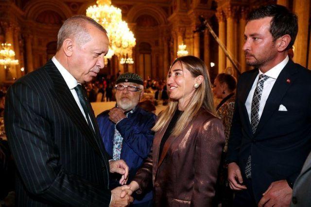 Cumhurbaşkanı Erdoğan, sanat ve spor dünyasından isimlerle iftarda buluştu! - Sayfa:3