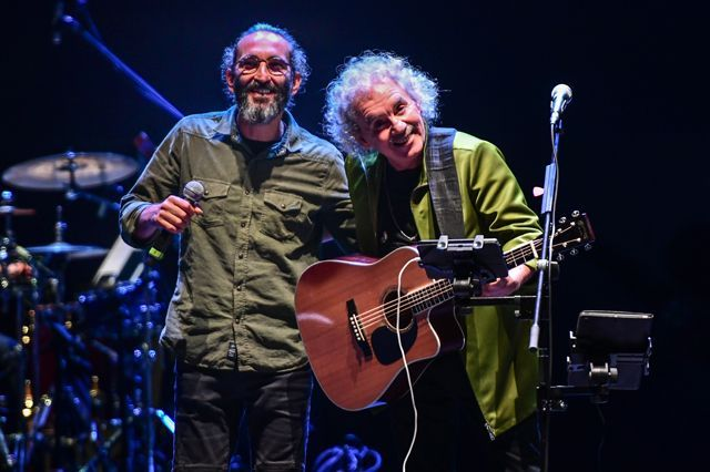 Yeni Türkü 40. yıl konserinden kareler - Sayfa:3